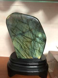 Labradorite stone 拉长石
