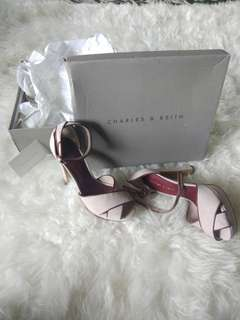 Sepatu Charles and Keith Original