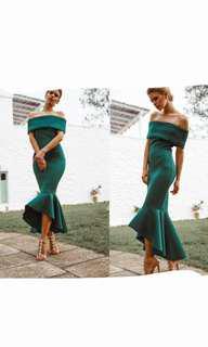 Loreta emerald green