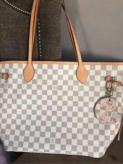 Louis Vuitton tahitienne bag charm