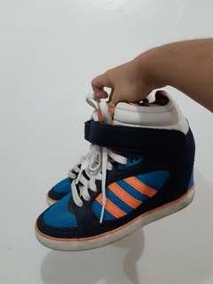 Authentic Adidas Amberlight Up