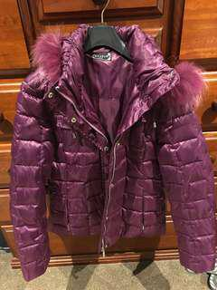 Ladies puffy jacket