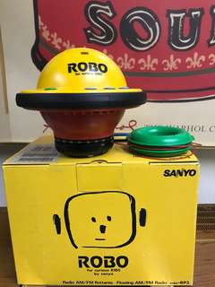 Sanyo UFO radio space age NOS 90s
