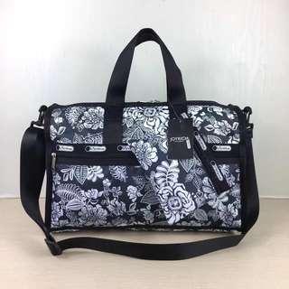 Lesportsac中型旅行袋附化粧袋