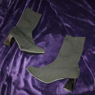🚚 彈力襪靴