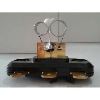 Ecer Grosir Partai Spareparts Werstan Resistor Motor Blower Depan AC Mobil Kijang Grand Super Panther