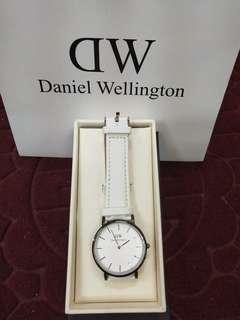DW daniel wellington couple watch