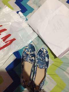 Slip on floral by H&M