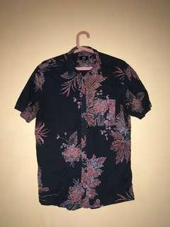 H&M floral buttoned down shirt