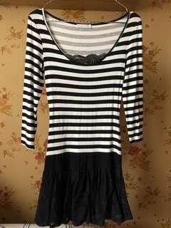 Stripe brukat dress