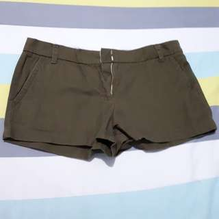 Hot pants FOREVER 21 - hijau army