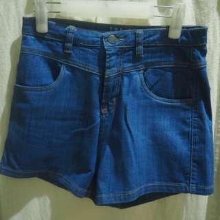 Mid-High waisted shorts