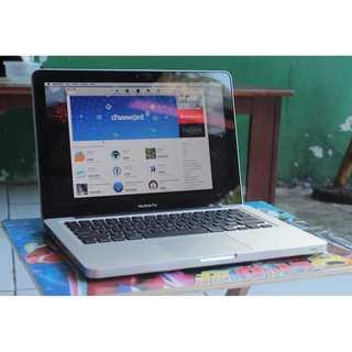 SALE Macbook Pro Late 2011 MD313 Core i5 Ram 8gb HDD 500gb Mulus