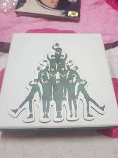 EXO MiD album with very rare OT12 Globe and poster.
