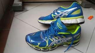WTS Asics Shoe