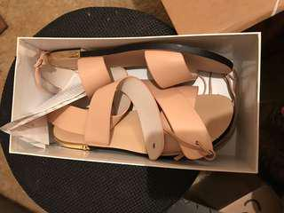 Witchery Carrie sandal butter soft nude leather Size 40