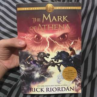RICK RIORDAN MARK OF ATHENA