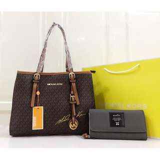 Michael Kors hand bag with Anello wallet