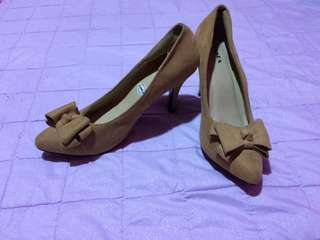 Zanea tan shoes
