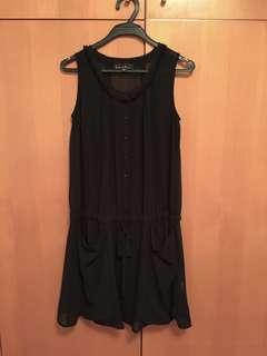 B+ab 黑色薄紗裙,有𥚃,8成新,沒有汚跡,size: 38, S-M, 160/80A, 裙長88cm, 腰間有索帶可調較闊度