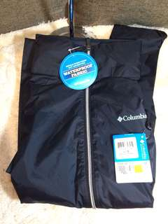 Authentic Columbia Women's Jacket size L with tag