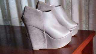 F21 WEDGE ANKLE BOOTIES