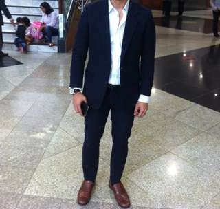 Setelan jas ( suit ) warna navy blue slim fit