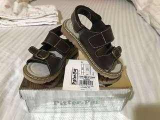 PITTER PAT VINTAGE SANDALS BRAND NEW