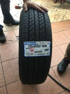 225/65/17 OPUT Toyo tyre