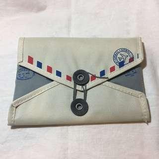 郵包造型多格收納袋