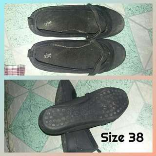 Flat Close Shoes