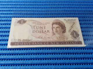 New Zealand $1 One Dollar Banknote Currency