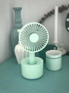 🚚 Daisy Design USB Wireless Portable Table Desk Stand Mini Fan *2000mAh