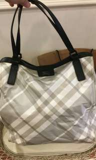 Ready stock - Burberry nova check bag