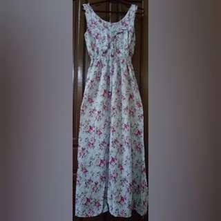Floral Maxi dress for sale!!!