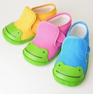 最後數對現貨!!<日本直送🇯🇵️幼兒青蛙網布鞋>