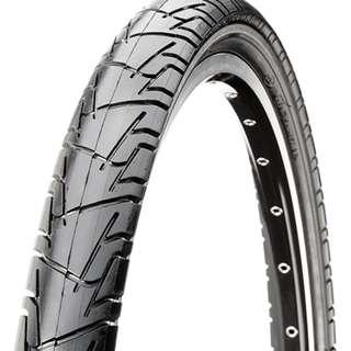 "🚚 Tyre 26"" CST Traveller"