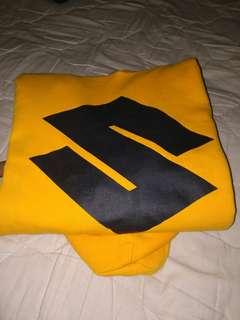 HnMxSTADIUM TOUR yellow