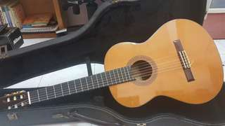 Alhambra Classical Guitar 6P with Hard Casing