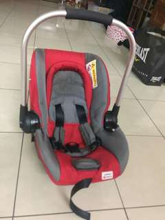 Baby Car Seat / Carrier