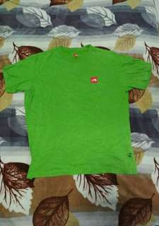 tshirt the north face
