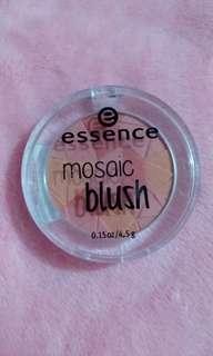 Essence Mosaic Blush Miss Floral Coral