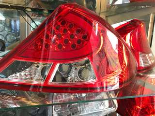 Gen2/Persona LED Tail Lamp 1set