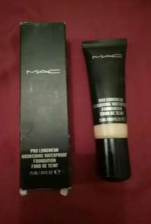 MAC prolong Wear Nourishing Waterproof Foundation