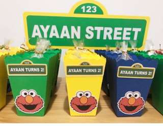 (M.T.O.) Sesame Street Theme - Pop Corn Box, Street Sign, Kit Kat Labels, Banner, etc