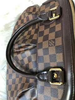 Authentic Louis Vuitton Trevi PM Damier