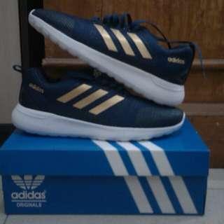 Sepatu Sneakers Running