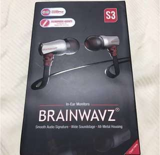 🚚 Brainwavz S3 IEM Noise Isolating Earphones with Clearwavz Remote and Microphone