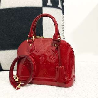 Louis Vuitton alma BB red vernis leather  100% authentic