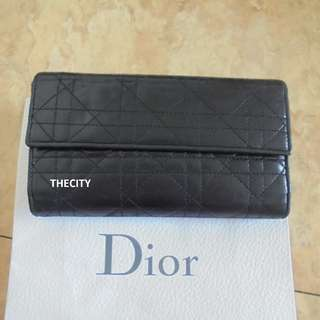 """AUTHENTIC DIOR """"LADY-DIOR"""" CANNAGE QUILTED LAMBSKIN LEATHER LONG WALLET - BLACK COLOR"""